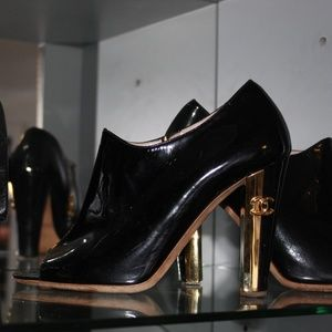 Chanel  PatentLeather Booties with Gold CC Heel!